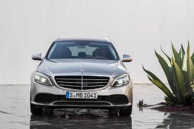 Mercedes-Benz представил обновленный C-Class 2