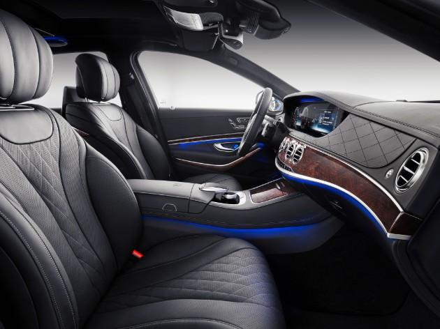 Mercedes рассекретил новый Maybach 4
