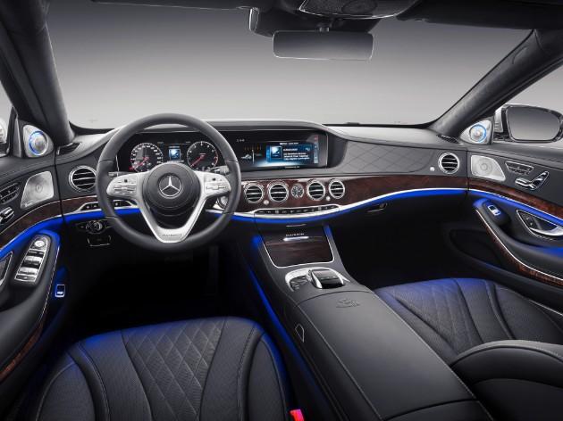 Mercedes рассекретил новый Maybach 3