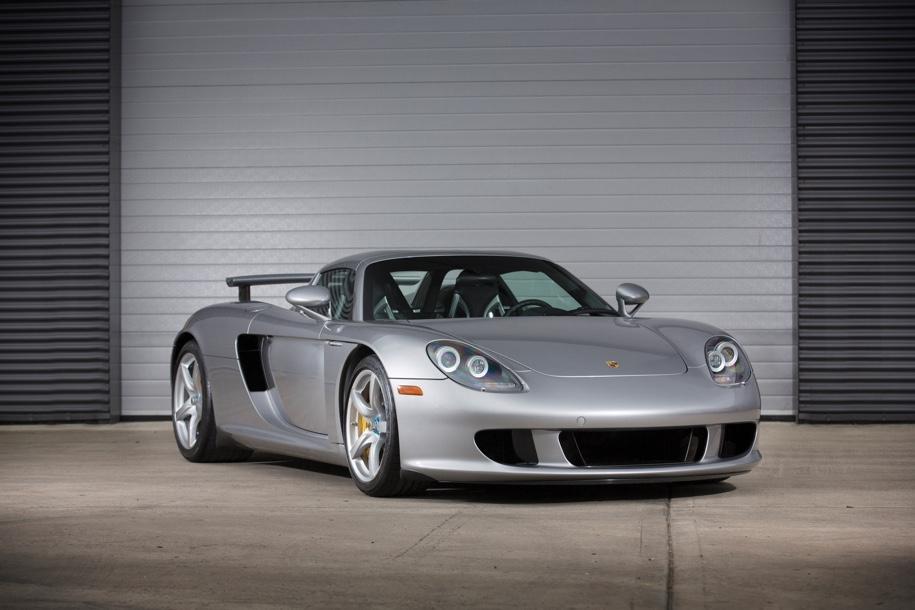 Коллекцию из 12 разных Porsche выставят на торги 2