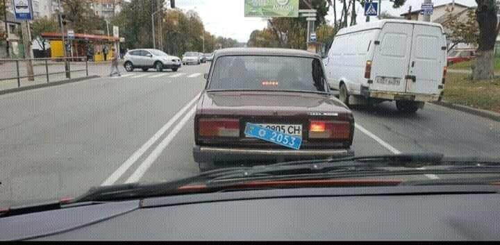 Курьез с номерами рассекретил автомобиль скрытого наблюдения МВД 1