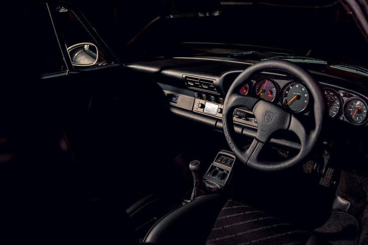Porsche пустит с молотка 20 отреставрированных классических моделей 1