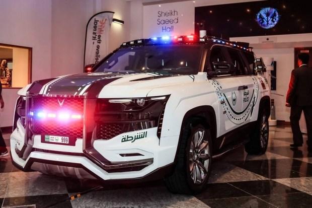 Полиция Дубая пересядет на безумные арабские внедорожники 1