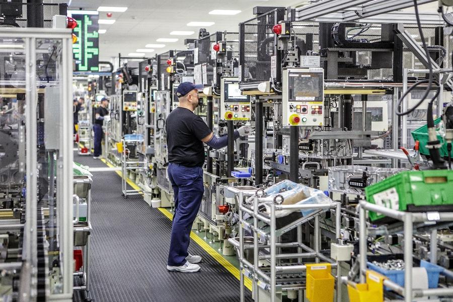 Завод Toyota в Польше освоил производство гибридных трансмиссий 2