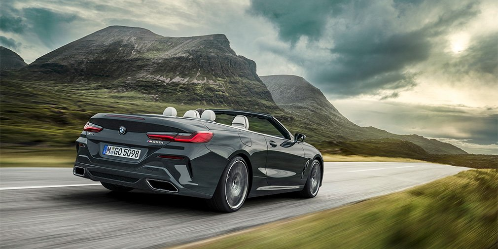 BMW представила кабриолет 8-Series 1