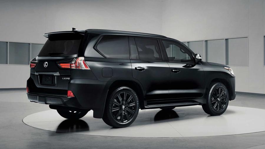 Внедорожнику Lexus LX добавили «очень черную» версию Inspiration Series 2