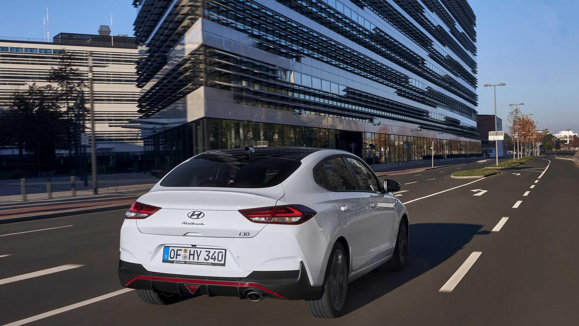Hyundai представил i30 Fastback N Line 1