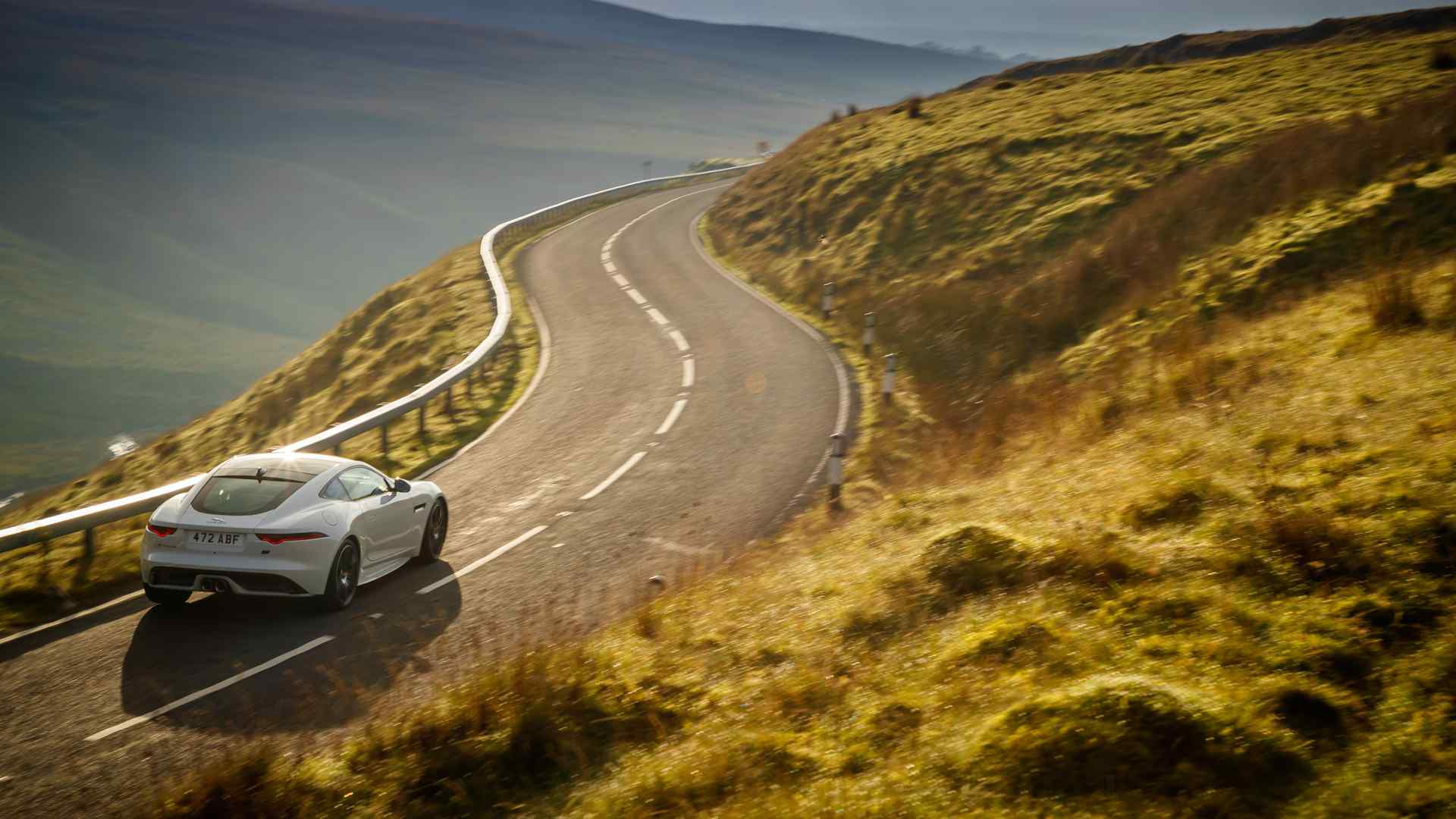 F-Type посвятили 70-летию спортивных Jaguar 3
