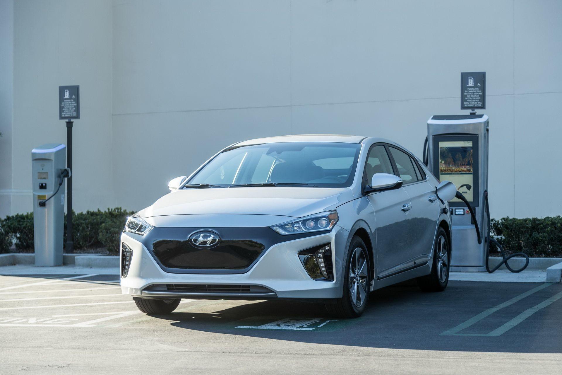 Электрокар Hyundai Ioniq получит батарею большей емкости 1