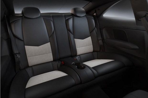 Юбилей «горячих» Cadillac отметят ограниченной серией Pedestal Edition 3