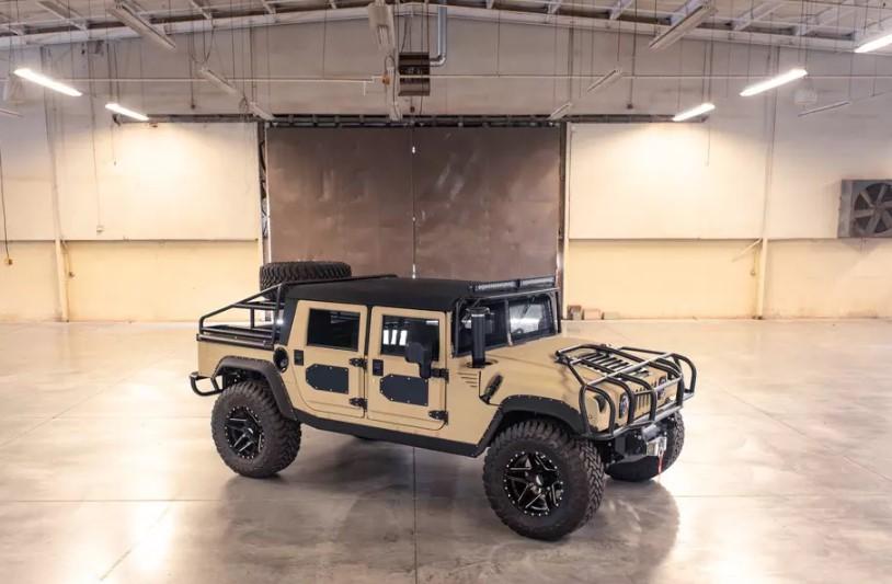 Ателье Mil-Spec представило рестомод Hummer H1 за 250 тысяч долларов 3