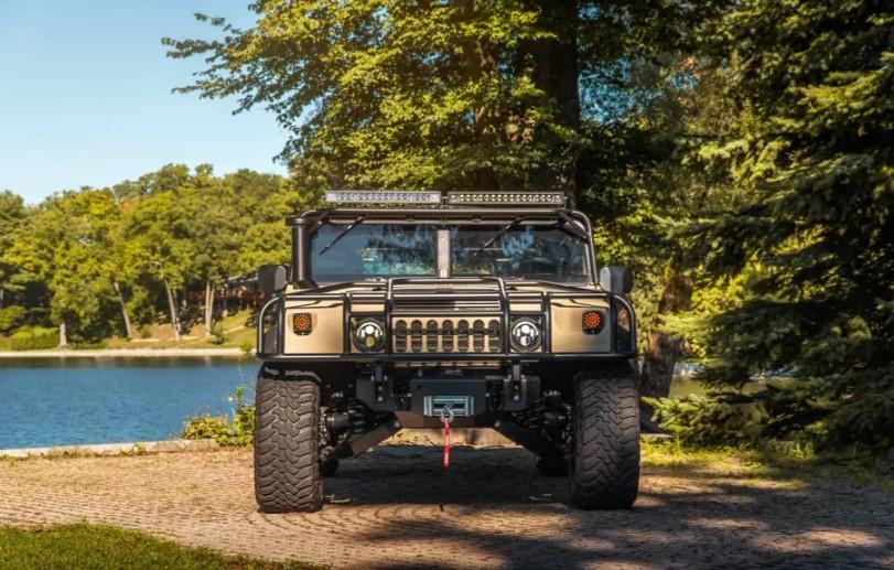 Ателье Mil-Spec представило рестомод Hummer H1 за 250 тысяч долларов 1