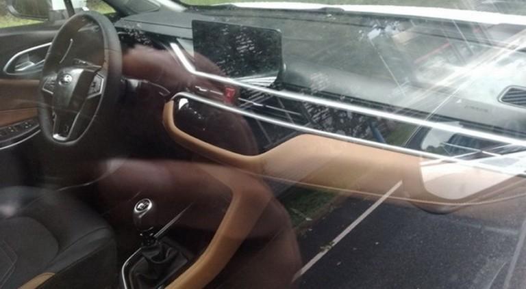 Кроссовер JAC S4 первым примерил новый дизайн марки 3