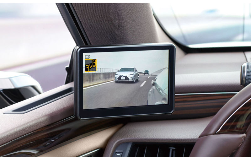 Lexus начал продажи седана с камерами вместо зеркал 2