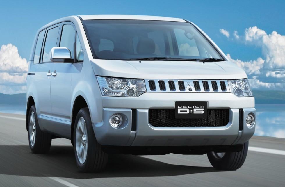 Mitsubishi Delica получит обновление 1