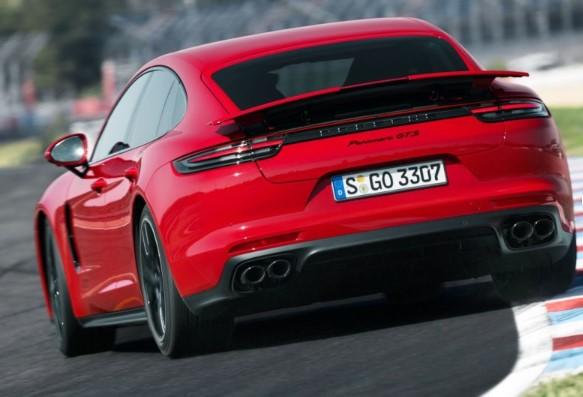 Porsche Panamera обзавелась «драйверской» версией GTS 2