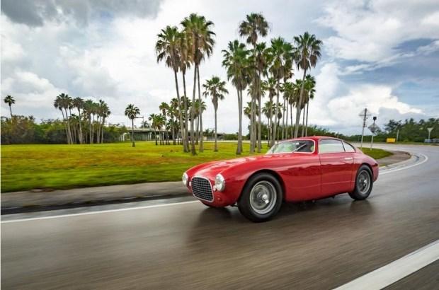Мексиканец потратил более 50 лет на постройку уникального Ferrari 1