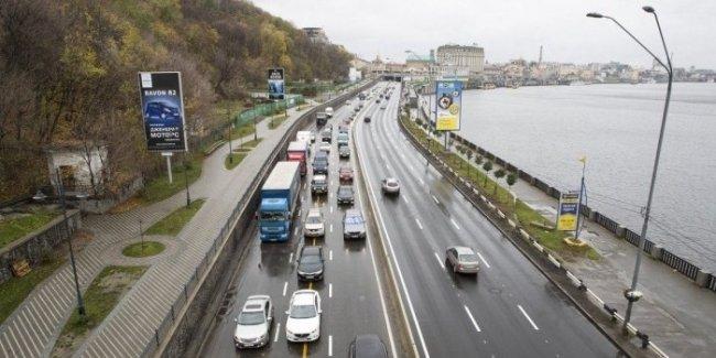 На 17 улицах Киева повысили разрешенную скорость движения до 80 км/ч 1