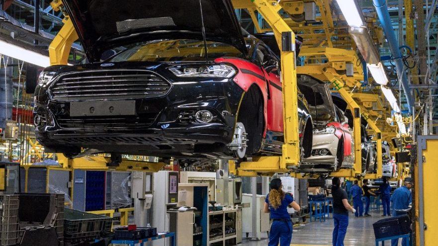 Ford сокращает численность штата по всему миру 1