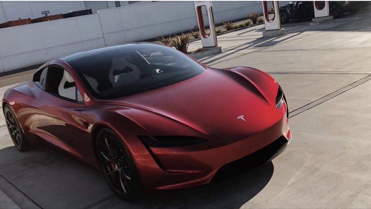 Tesla Roadster нового поколения вновь «засветился» на живых снимках 2
