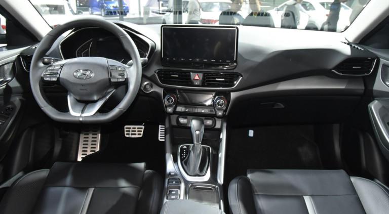 Hyundai Lafesta отправился в серию 3