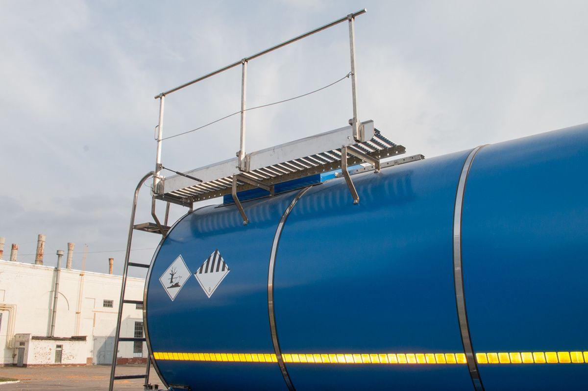 КрАЗ представил спецтехнику для металлургов и нефтяников 5