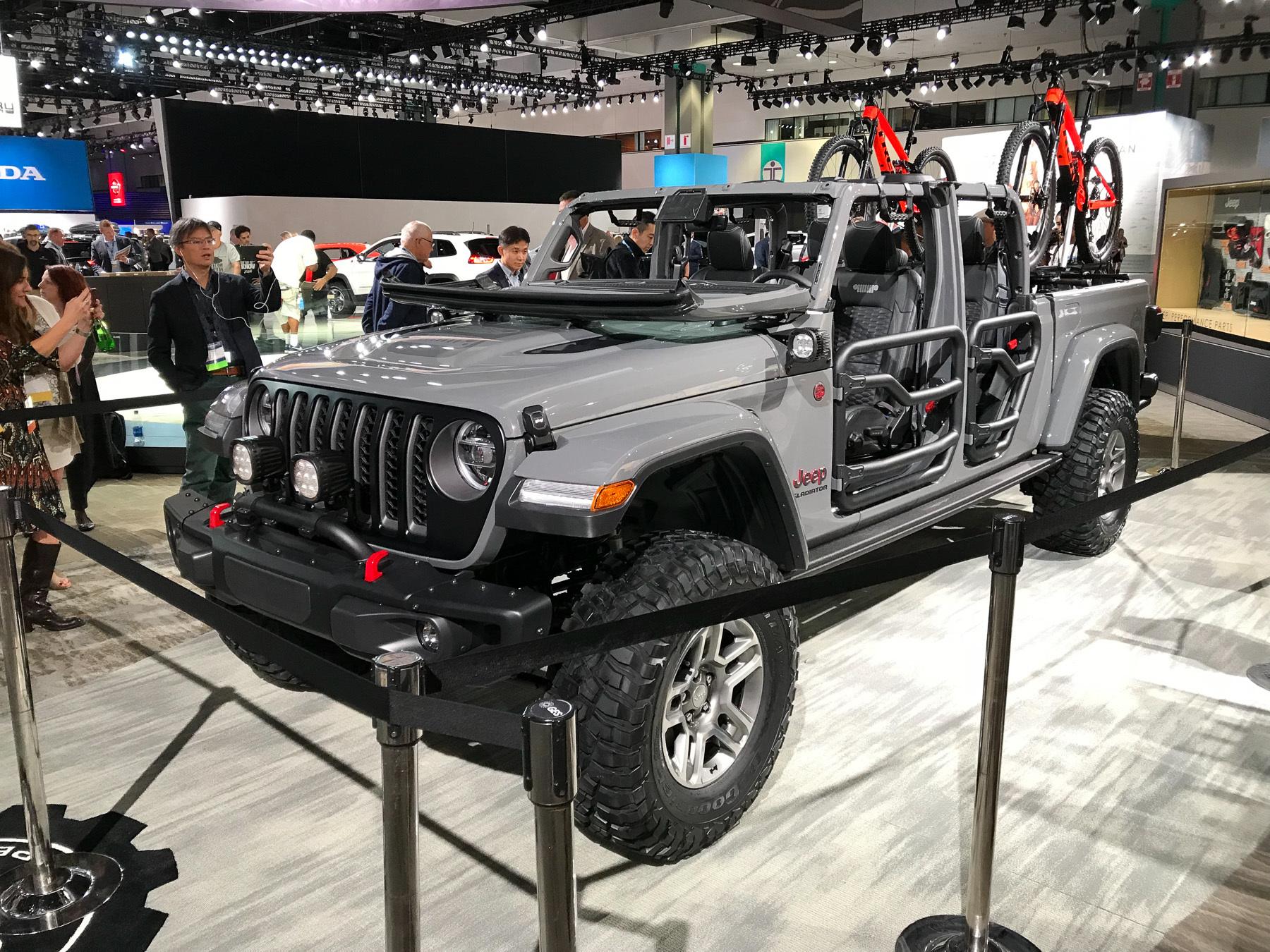 Jeep представил самый проходимый пикап 1