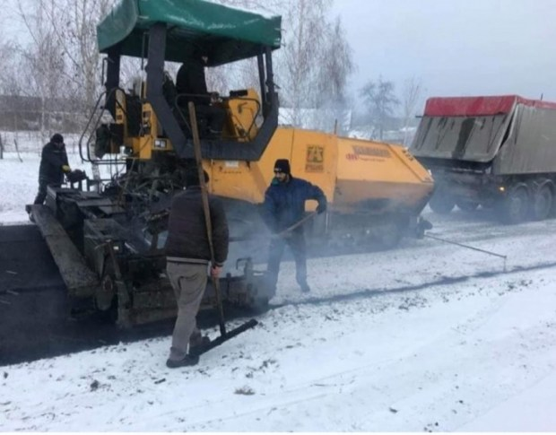 «Укравтодор» не будет платить за асфальт, уложенный в снег 1