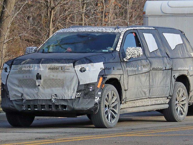 Новый Cadillac Escalade впервые замечен на тестах 1