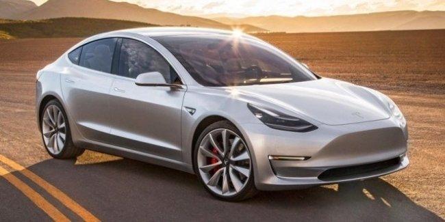 Tesla начала производить по 1 000 электромобилей Model 3 в день 1