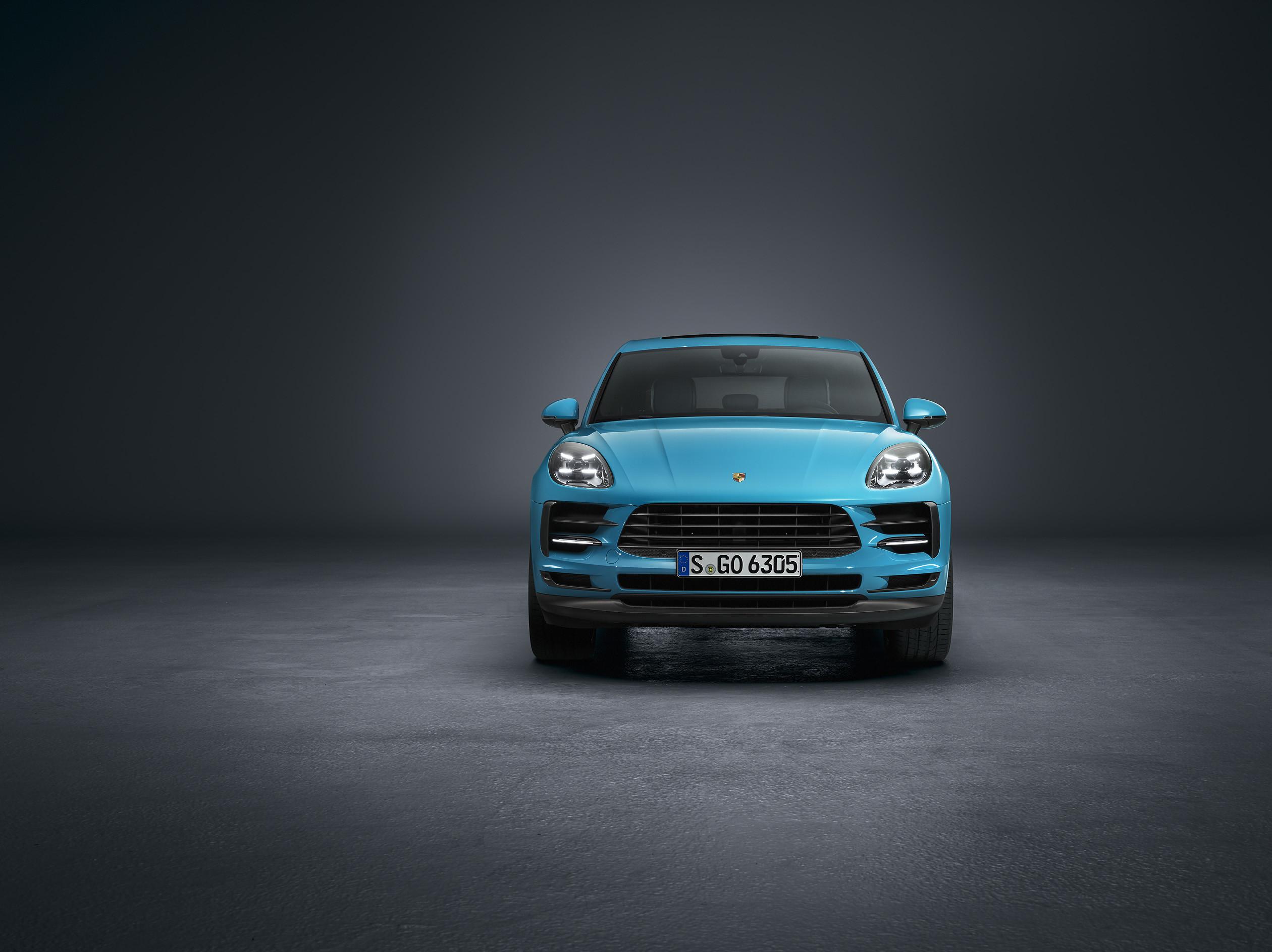 Porsche отзывает Cayenne и Macan из-за швейных нитей 1