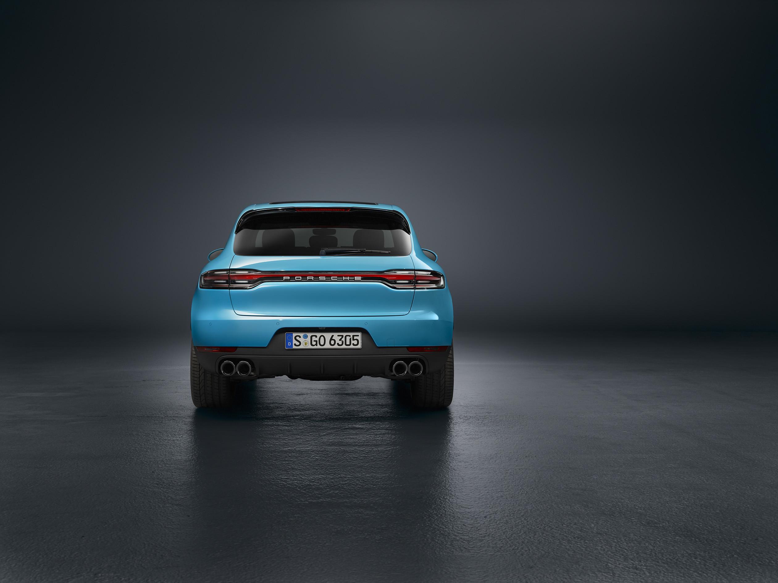 Porsche отзывает Cayenne и Macan из-за швейных нитей 2
