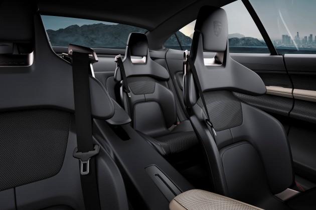 Porsche столкнулась с невиданным спросом на электрокар Taycan 4