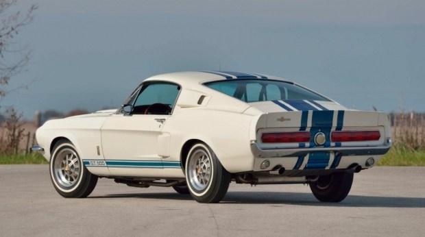 На аукцион выставлен самый невероятный Ford Mustang всех времен 2