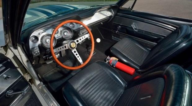 На аукцион выставлен самый невероятный Ford Mustang всех времен 3