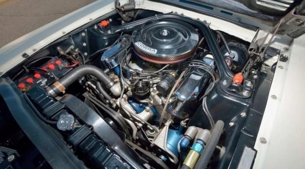На аукцион выставлен самый невероятный Ford Mustang всех времен 4