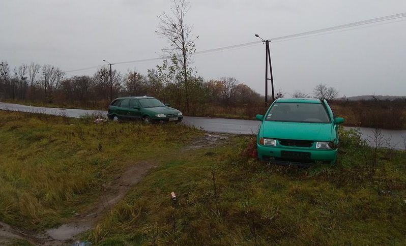Брошенные евробляхи на границе с Венгрией стали разбирать на запчасти 3