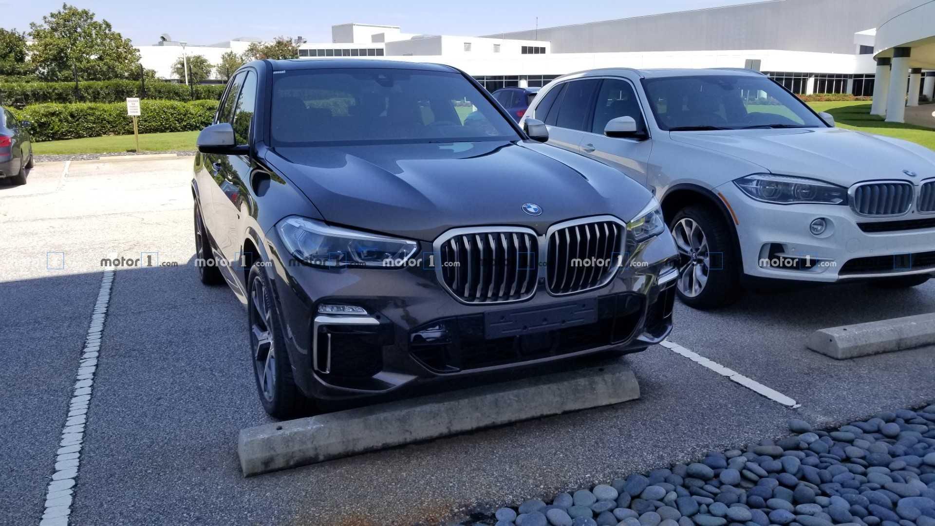 Новый BMW X5 M50i замечен на тестах 1
