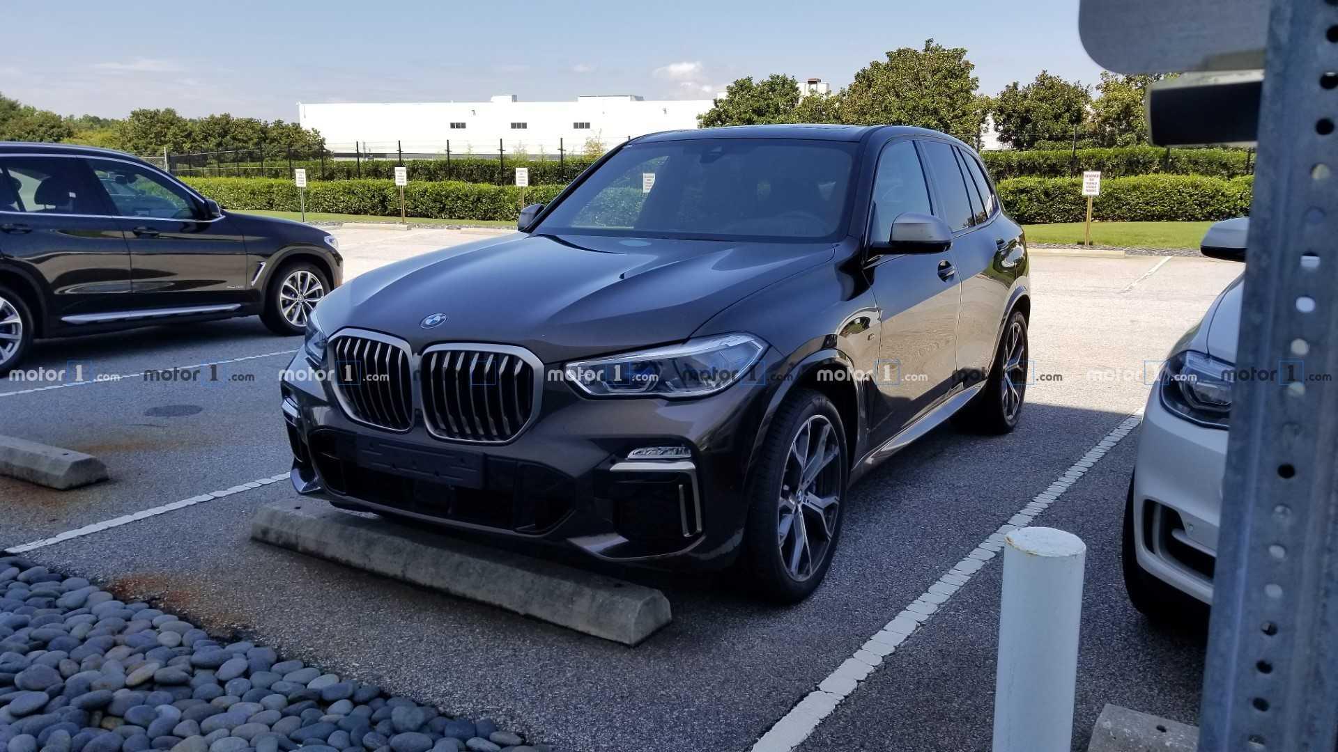 Новый BMW X5 M50i замечен на тестах 3