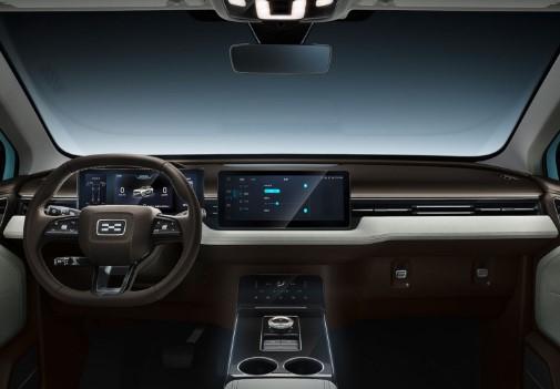 Путь Гумперта: Audi, суперкар Apollo, теперь китайский кроссовер Aiways U5 4