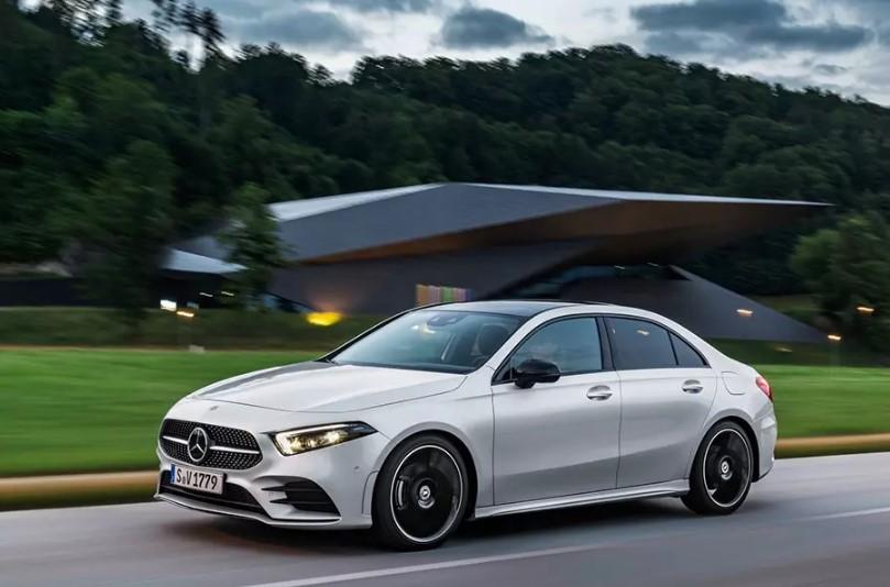 Следующий Mercedes-Benz CLA получит 400-сильный мотор 2