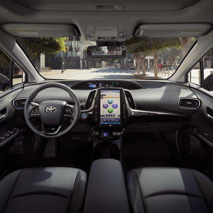 Toyota решила прокачать Prius полным приводом 4