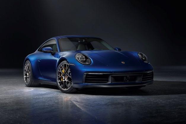Новый Porsche 911 стал дороже и быстрее 1