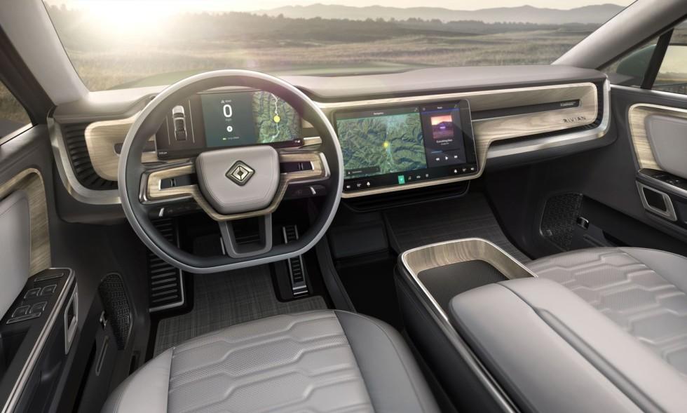 Представлен самый грозный конкурент Tesla Model X 3