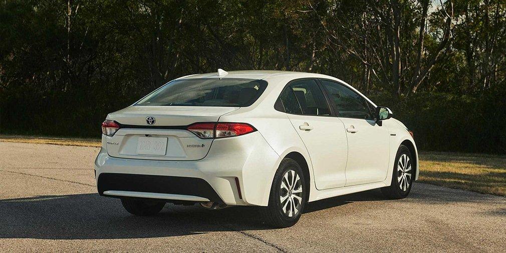 Новая Toyota Corolla стала гибридом 2