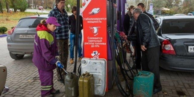 К концу декабря оккупированный Крым может остаться без топлива 1