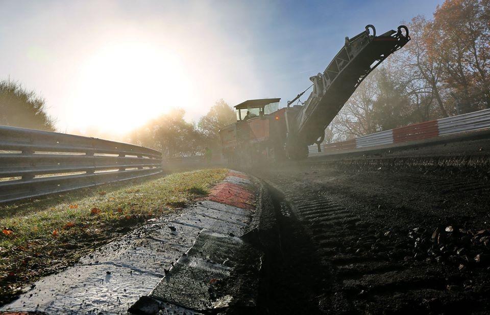 Знаменитая Нюрбургрингская трасса получит новый асфальт 2