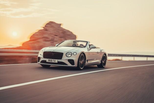Bentley представил новый кабриолет Continental GT Convertible 1