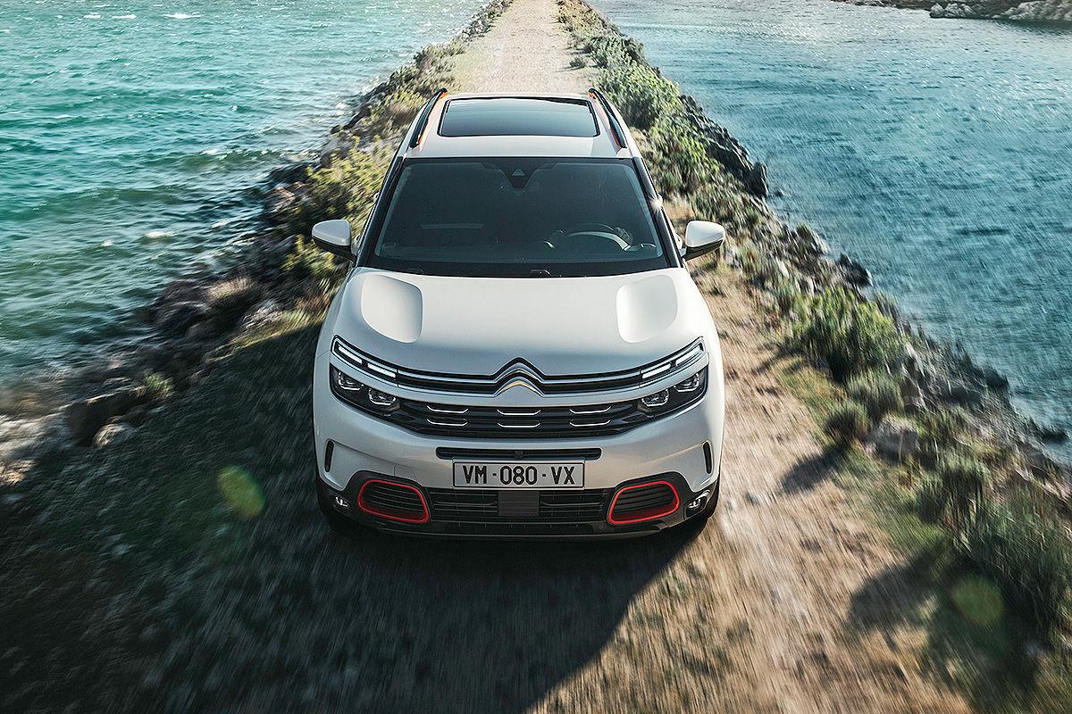 «Спокойствие и комфорт»: тест-драйв Citroën C5 Aircross 1