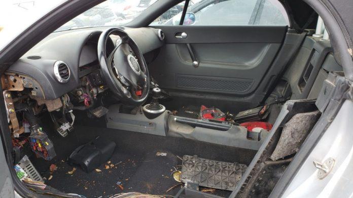 На свалке нашли родстер Audi TT в рабочем состоянии 2